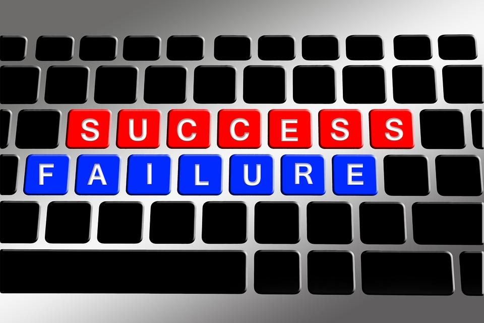 keyboard-648439_960_720 échec Comment éviter la spirale de l'échec ? keyboard 648439 960 720