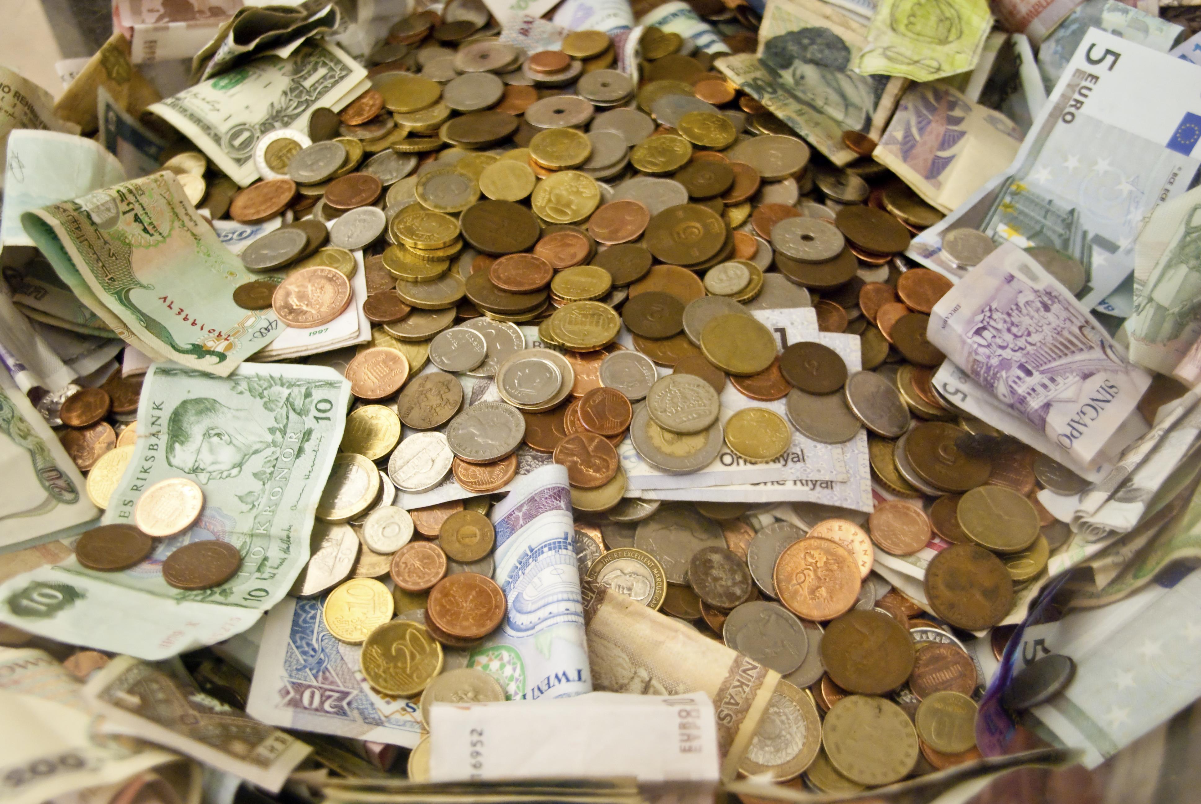 euros euros Viser 1 million d'euros avec un capital de 100 euros ! euro