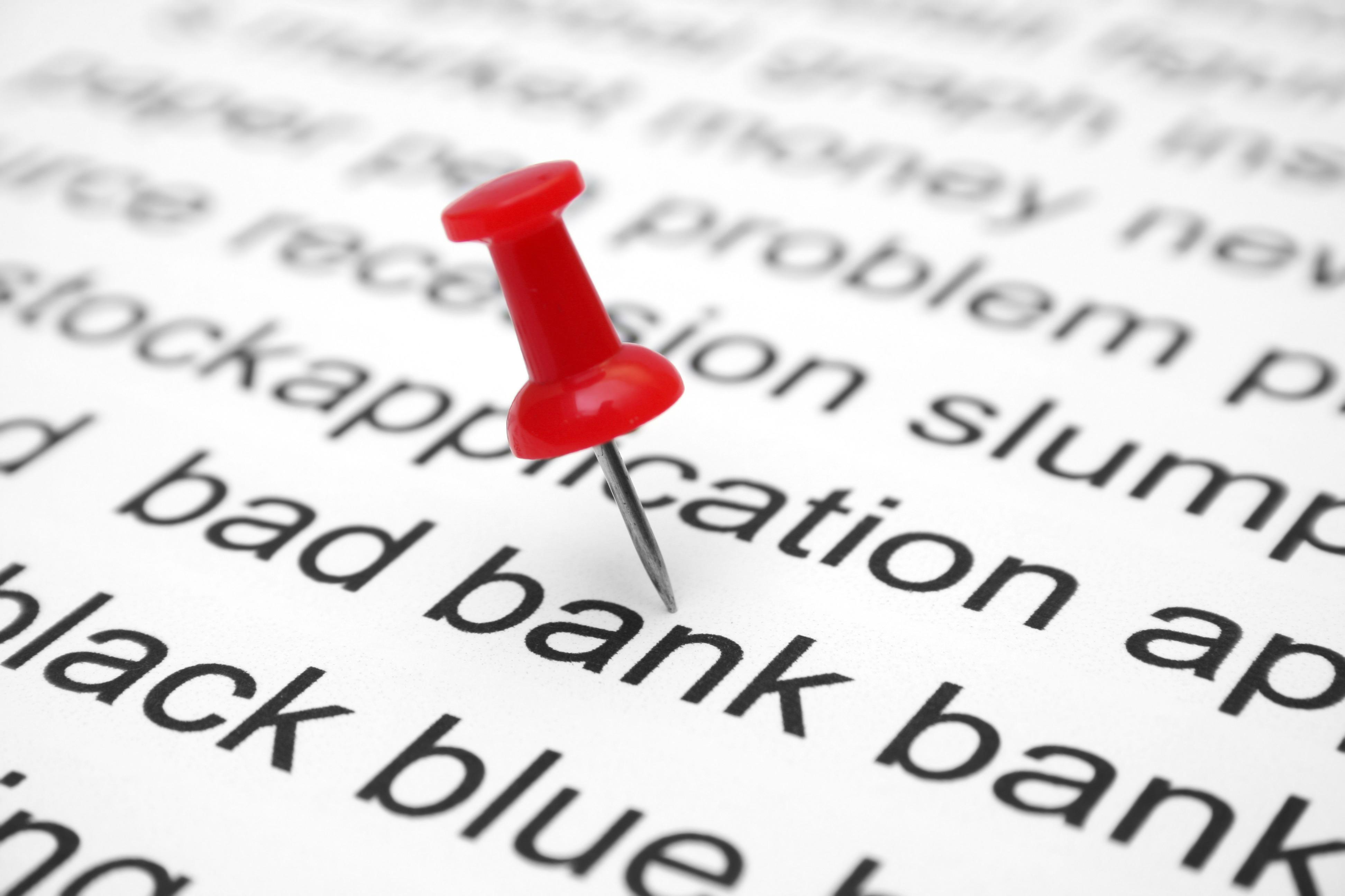 banque banque Ruiné à 78 ans, la solution Banque ou bien conseillers financiers? bank fyqwdHw