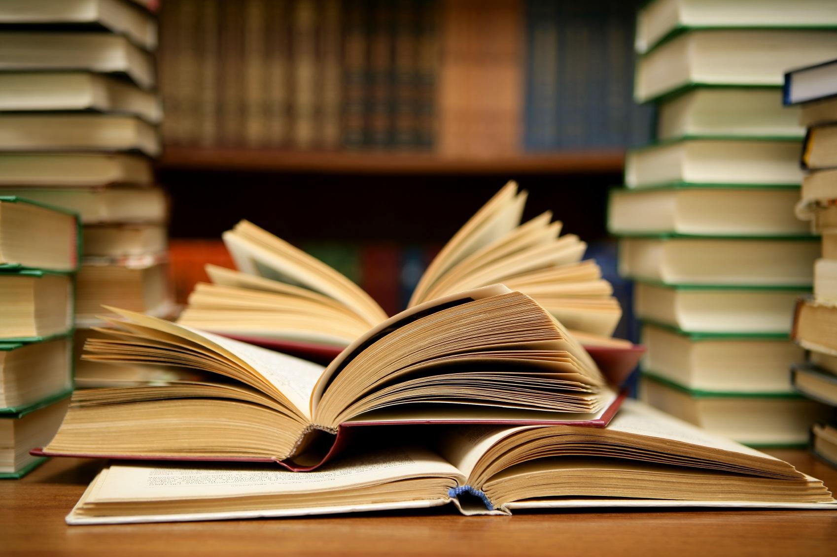 études études Les études et liberté financière : compatibles, complémentaires ? imagescientifique
