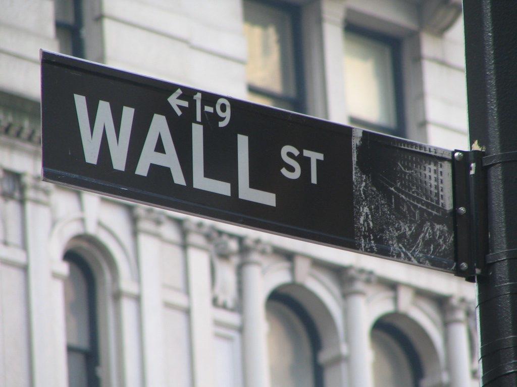 wall street Wall Street Ce que je pense de Gordon Gekko de Wall Street ! Wall Street Sign