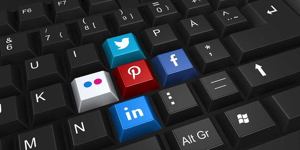 mlm mlm ITW KEVIN : plus de 140,000$ par mois avec le MLM social networking 2187996 960 720